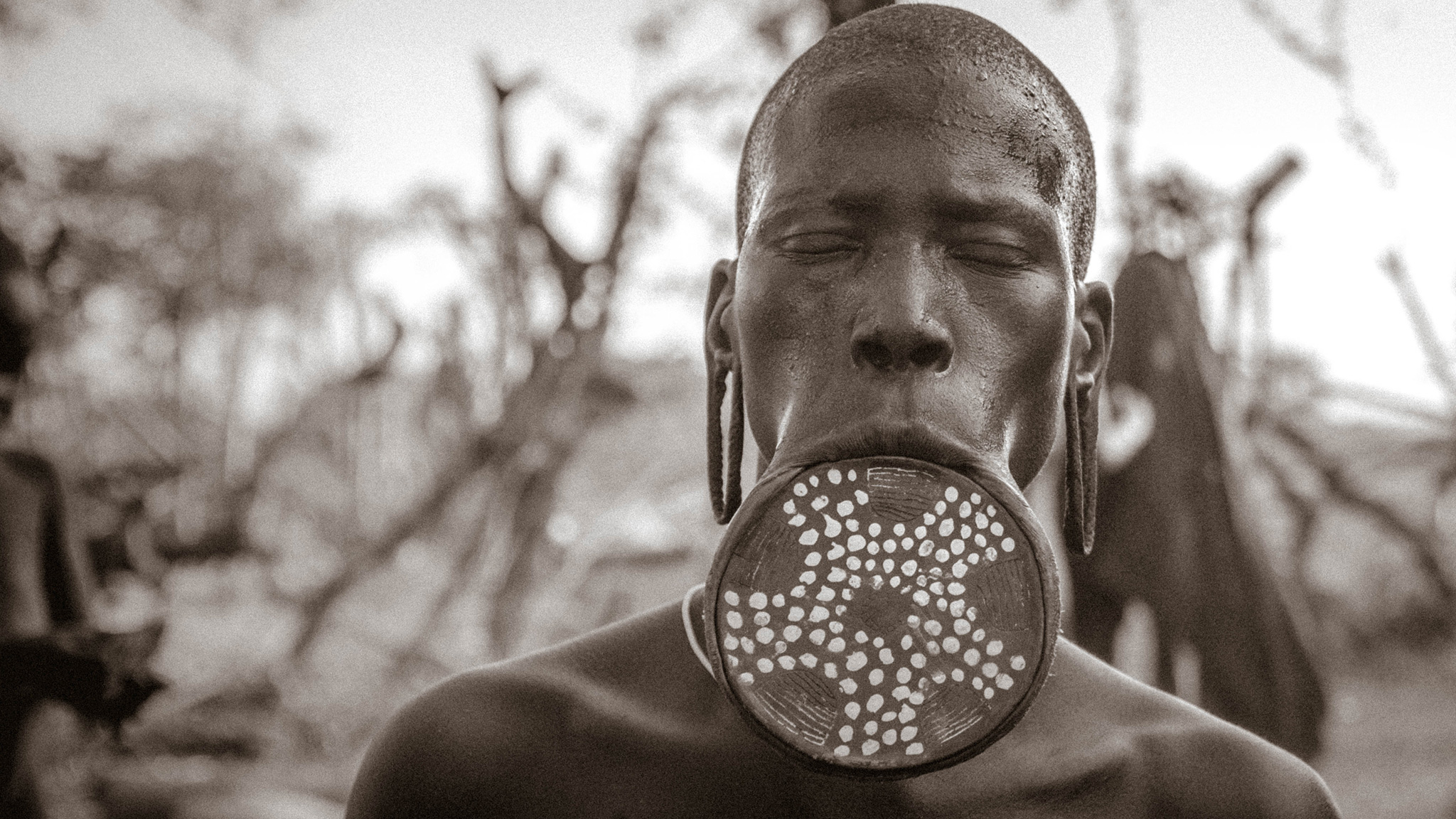 Omo Valley - Mursi woman with lip plate